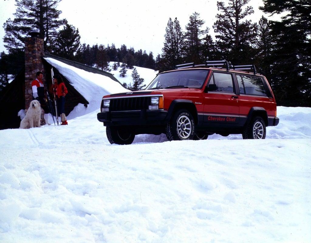 1984 Jp Cherokee Chief snowscene color