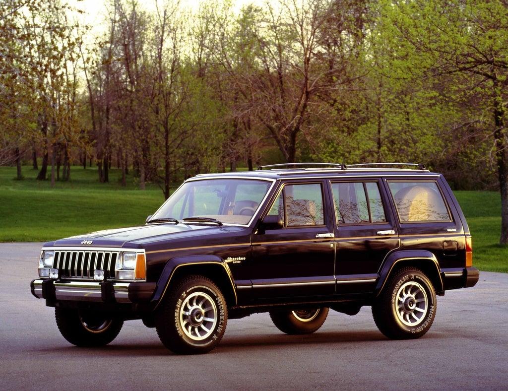 1985 Jp Cherokee Laredo 4dr lft frnt color