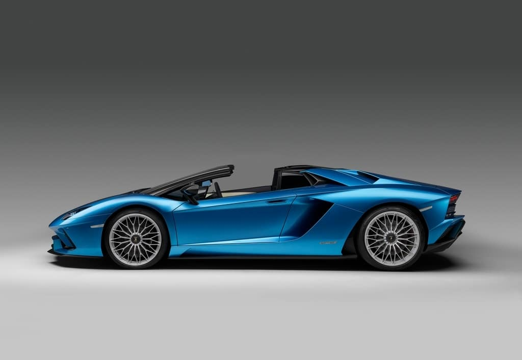 Aventador S Roadster: The New, Top Chop Lambo