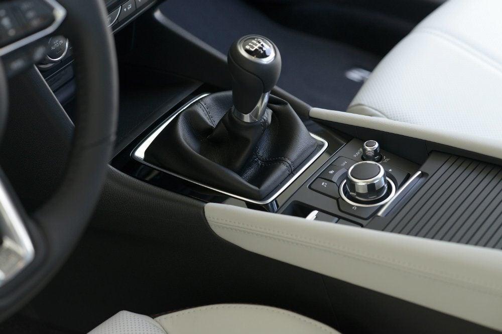2017 Mazda3 33