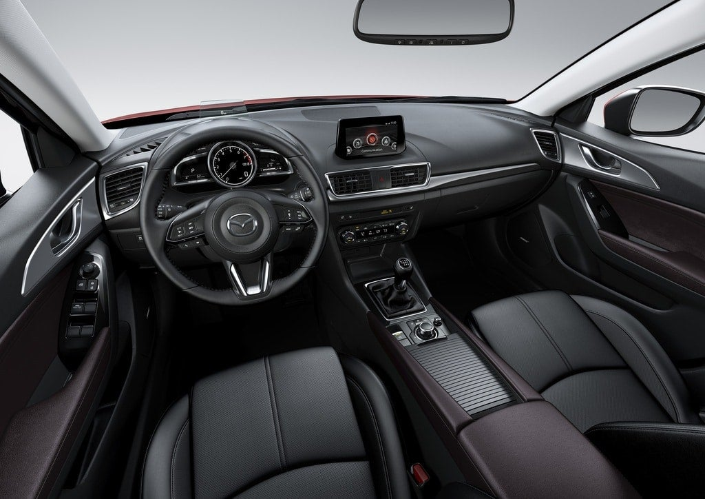 2017 Mazda3 interior 016