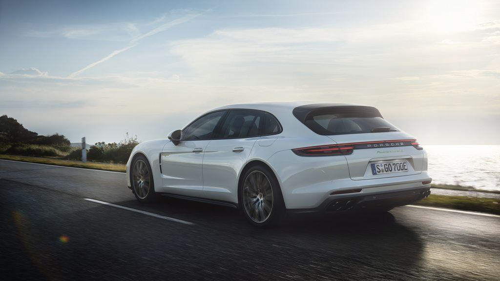 Porsche Panamera Turbo S E-Hybrid Sport Turismo Arrives