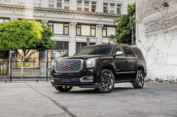 2018 GMC Yukon Denali Ultimate Black 007