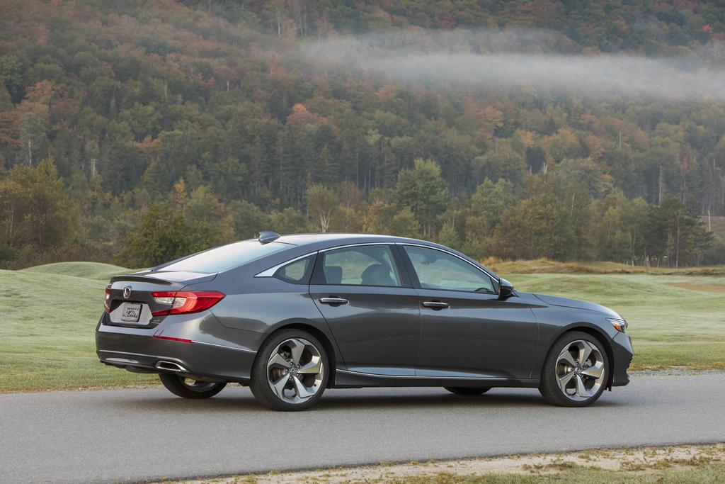 2018 Honda Accord 2.0T Arrives, Most Powerful Accord Yet