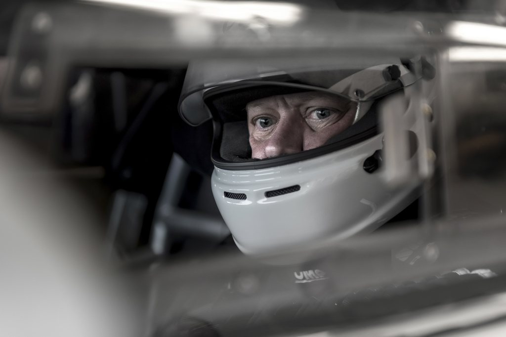 Aston Martin CEO Swaps Business Suit For Racing Suit This Weekend 16