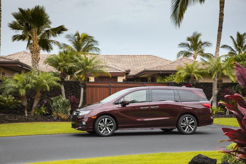 2018 Honda Odyssey Elite Review