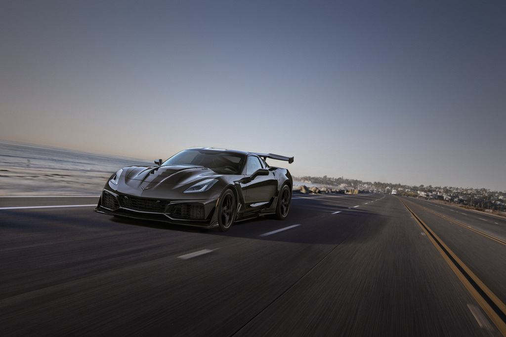 Chevrolet Debuts 2019 Corvette ZR1 Convertible