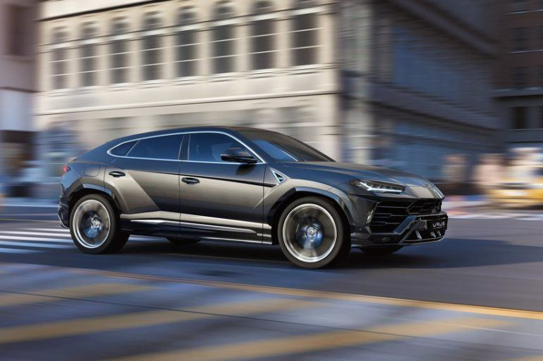 Lamborghini Urus: Everything Wrong At Just The Right Time 26