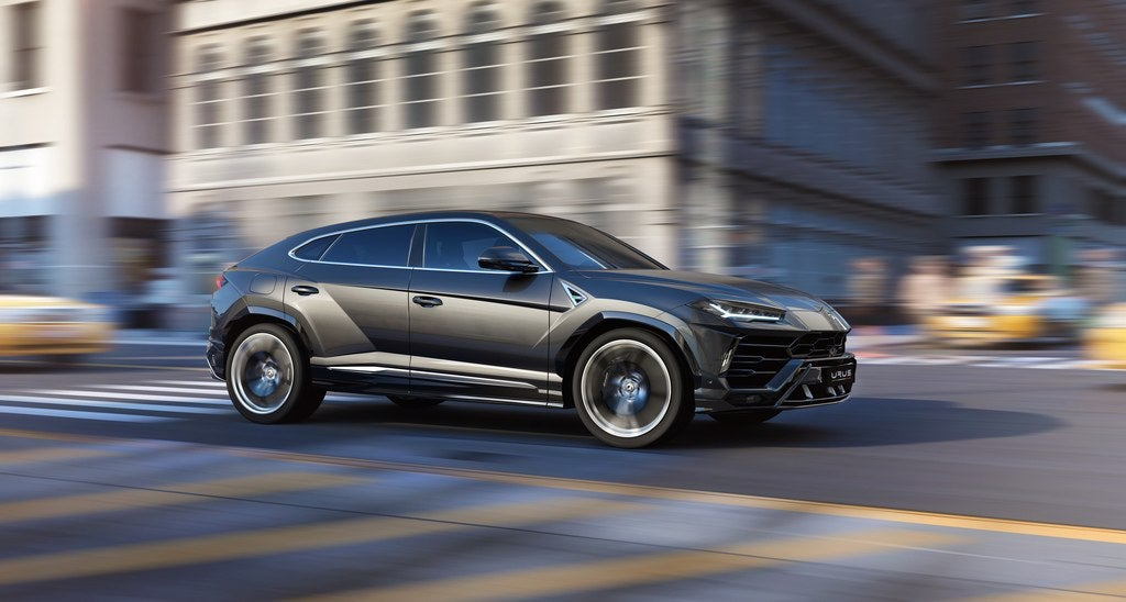 Lamborghini Urus: Everything Wrong At Just The Right Time