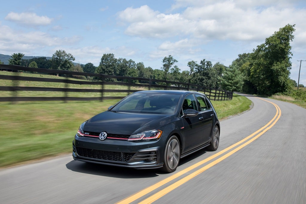 2018 Golf Gti >> 2018 Volkswagen Golf Gti Se Review Not Your Average Daily