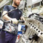 219336 Assembly in Volvo Cars engine factory in Sk vde Sweden
