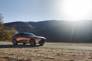 """Lexus LF-1 Limitless Concept Defined As """"Flagship Luxury Crossover"""" 26"""