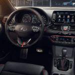 2018 Hyundai Elantra GT Sport Hatch 2