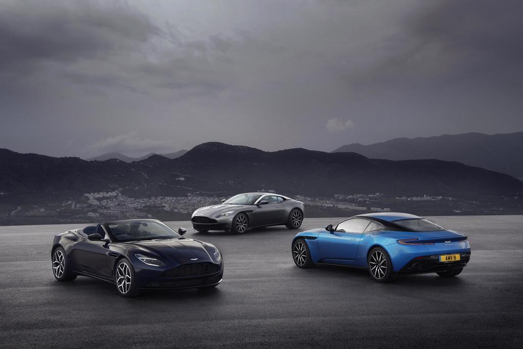 Aston Martin Geneva 2018 DB11 Family 01