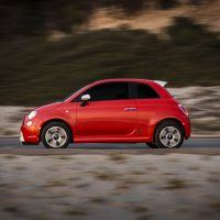 FT017 024FHp8di7iq4h4hb2jpihmjp8glgiv 200x200 - Does Fiat Fit Your Personality? An In-Depth Look At The Lineup