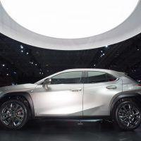 2018 New York International Auto Show Lexus UX 5 200x200 - 2019 Lexus UX: At Home In Any Concrete Paradise