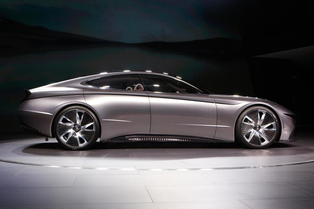 Le Fil Rouge Concept: The Future Hyundai?