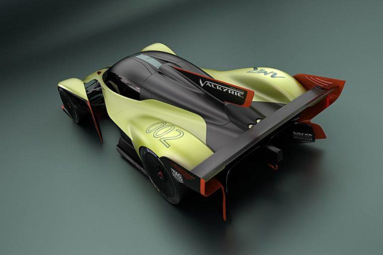Aston Martin Valkyrie AMR Pro: The Best Car In The World (Theoretically) 26