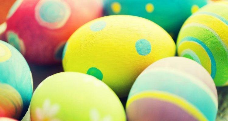 close up of colored easter eggs P9ZRET5 750x400 - How Many Easter Eggs Can Your Favorite HD Truck Haul