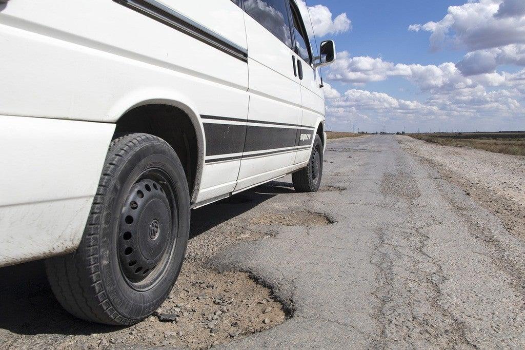 pothole 1703340 1280