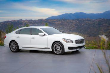 Can The 2019 Kia K900 Compete Against The Europeans? 24