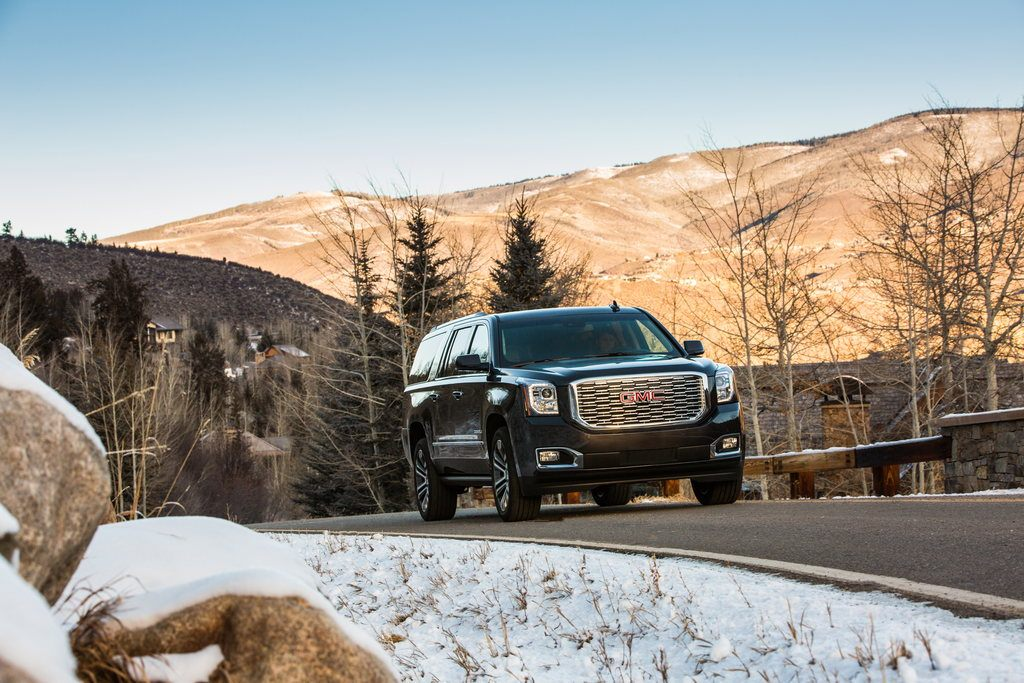2018 GMC Yukon XL Denali 003