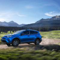 2018 toyota rav4 hybrid se awd review