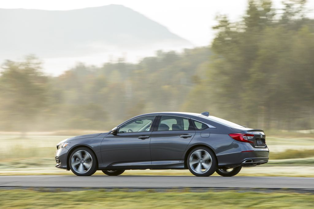 Honda Accord Review Car And Driver