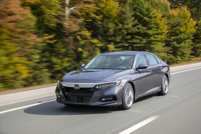 2018 Honda Accord Touring 2.0T 054 medium