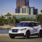 2018 Nissan KICKS white 3 4 2  1
