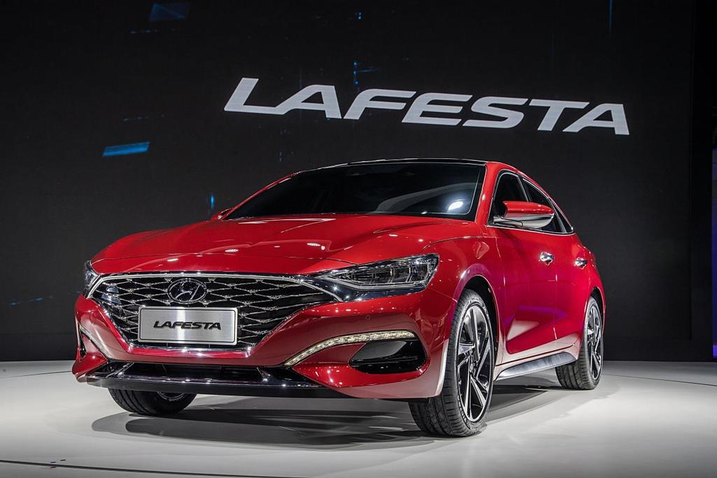 Hyundai LAFESTA 1