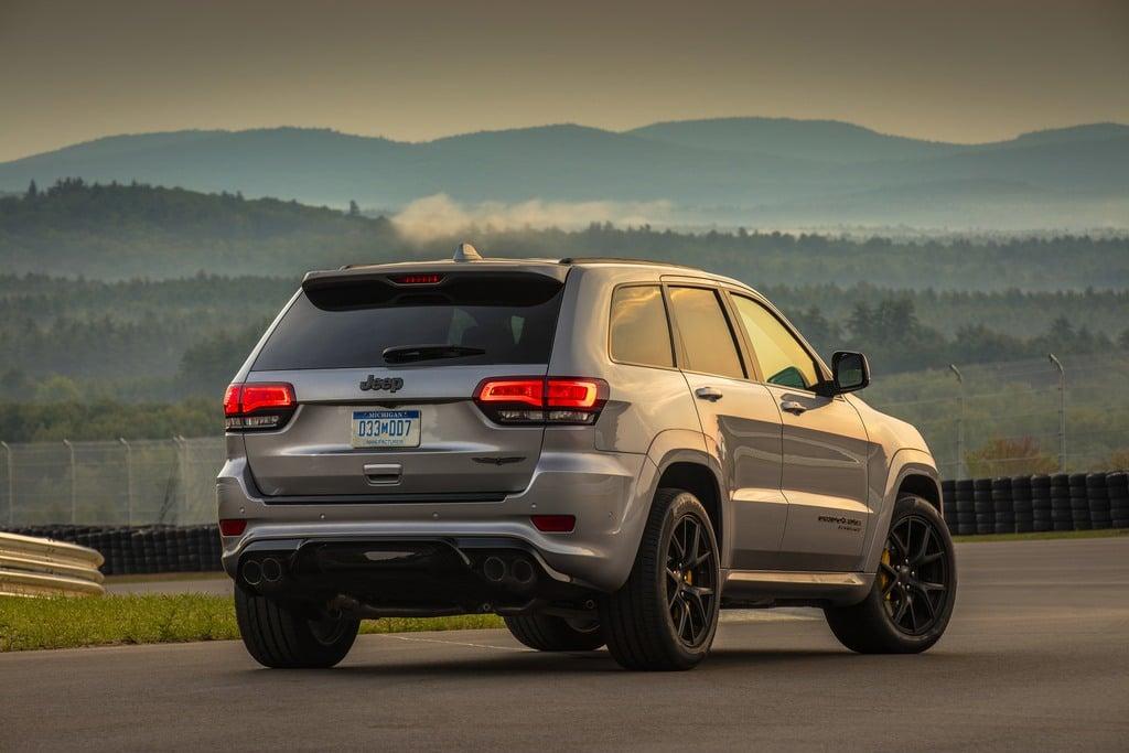 2018 Jeep Grand Cherokee Sterling Edition >> 2018 Jeep Grand Cherokee Altitude 4x2