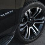 2019 GMC Yukon Graphite Edition Wheels 025