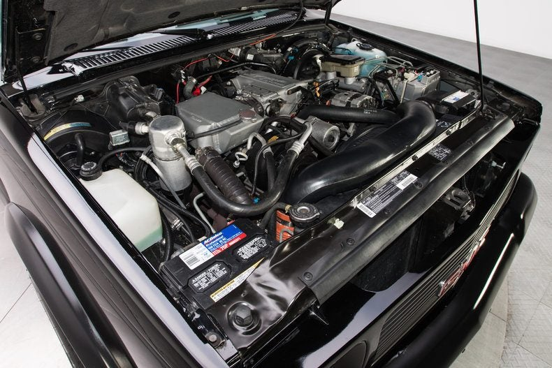 299589 1991 GMC Syclone low res