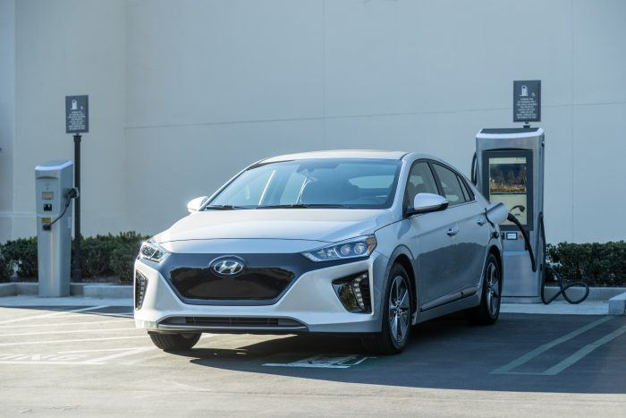 32825 2019IONIQElectric