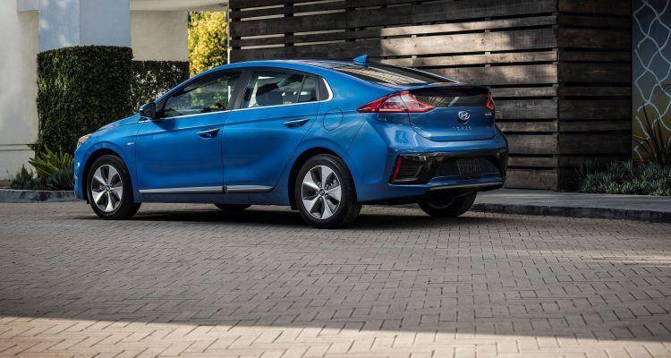 Inside The 2019 Hyundai Ioniq Hybrid Plug In Hybrid