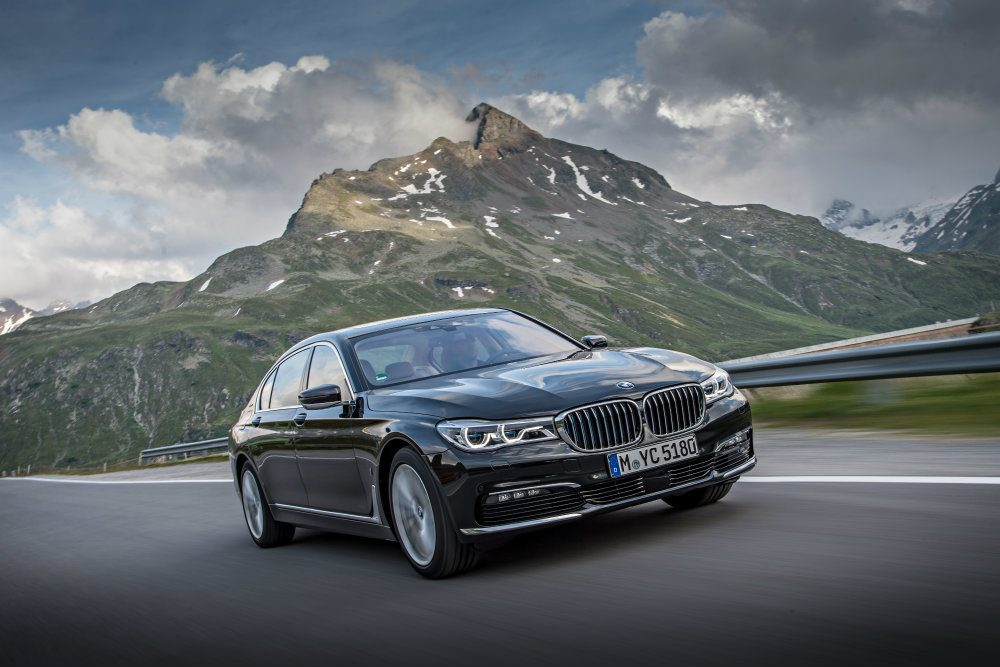 P90226930 highRes bmw 740le xdrive ipe