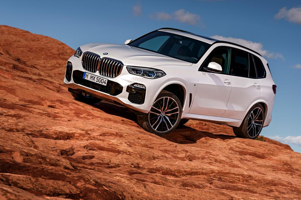 P90306867 highRes the all new 2019 bmw