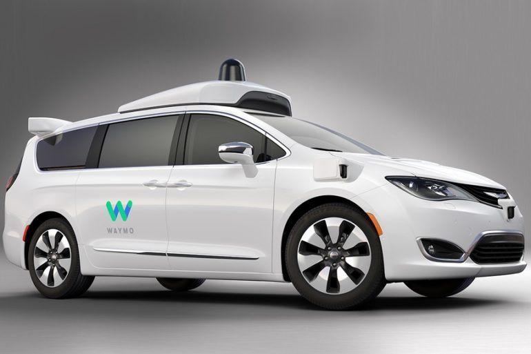 Waymo FCA Fully Self Driving Chrysler Pacifica Hybrid