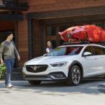 2018 Buick Regal TourX Essence AWD Review 1