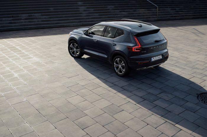 223198 New Volvo XC40   exterior