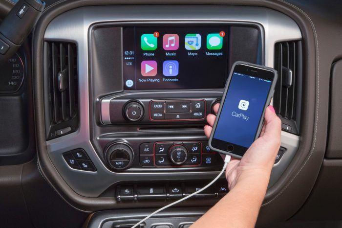 GMC Sierra Apple CarPlay
