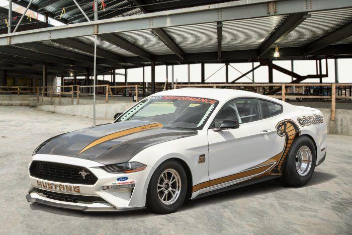 Mustang CJ 34Front