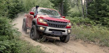 2019 Chevrolet Colorado ZR2 Bison 001 370x180 - 2019 Chevy Colorado ZR2 Bison Takes The Fight To Ford's Ranger Raptor