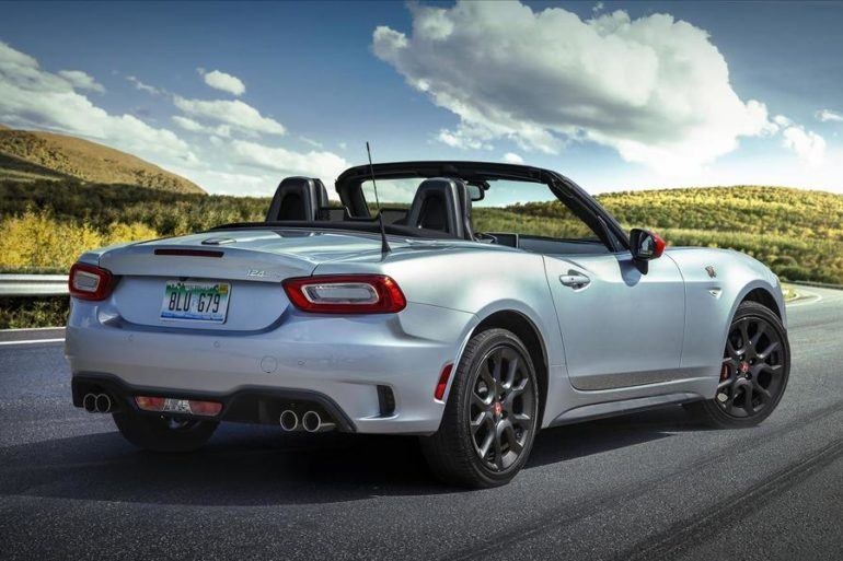 2019 Fiat 124 Spider: Growly Pipes & Rally Stripes 26