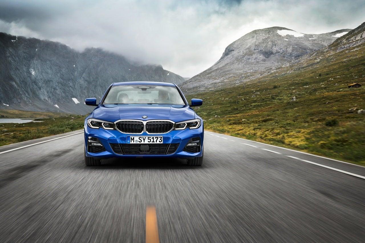 2018 Ford Super Duty >> 2019 BMW 3 Series: Luxury Car, Sports Sedan Or Both?