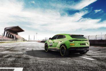 Lamborghini Urus SUV Race Car? No, Really 21