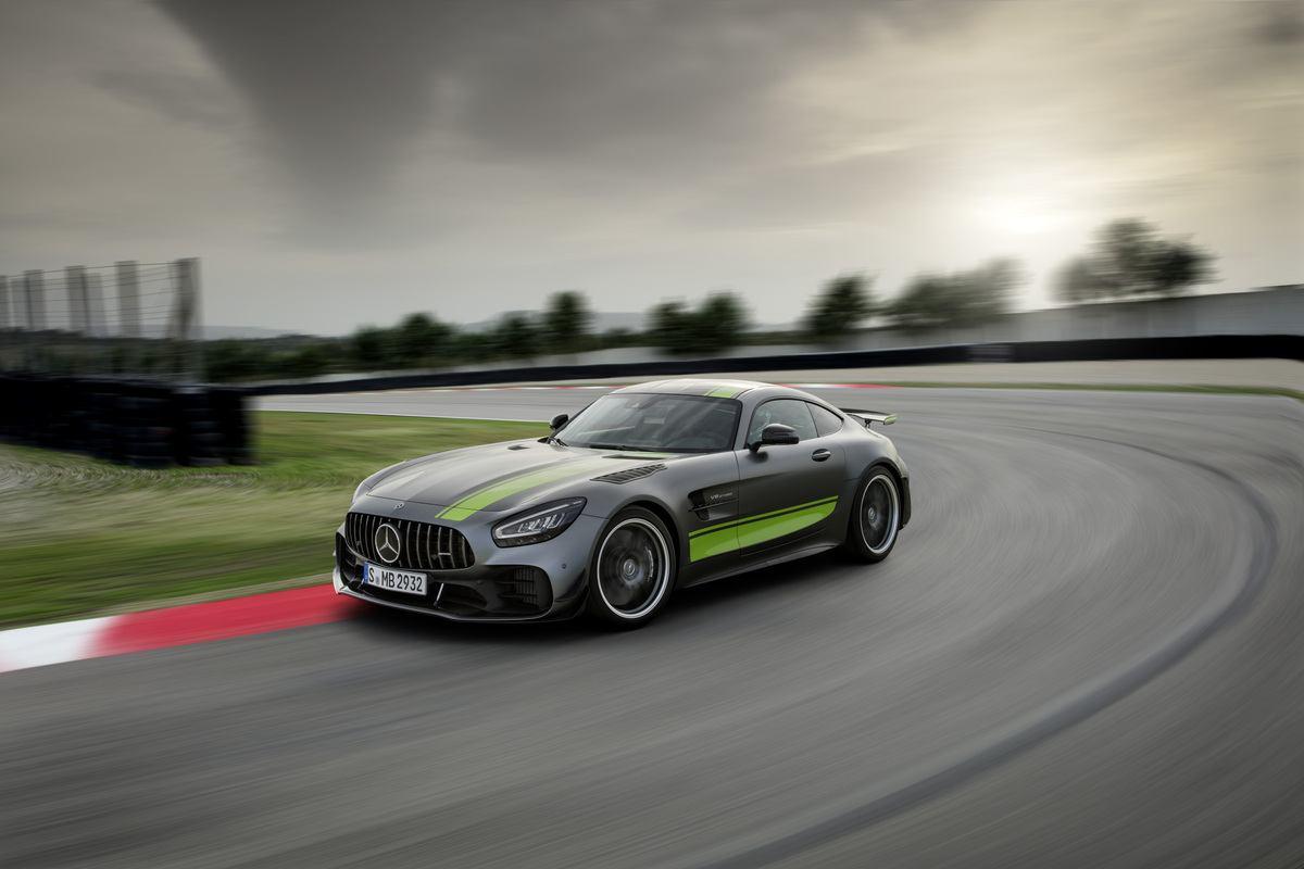 2020 Mercedes-AMG GT R PRO: Affalterbach's Hurricane
