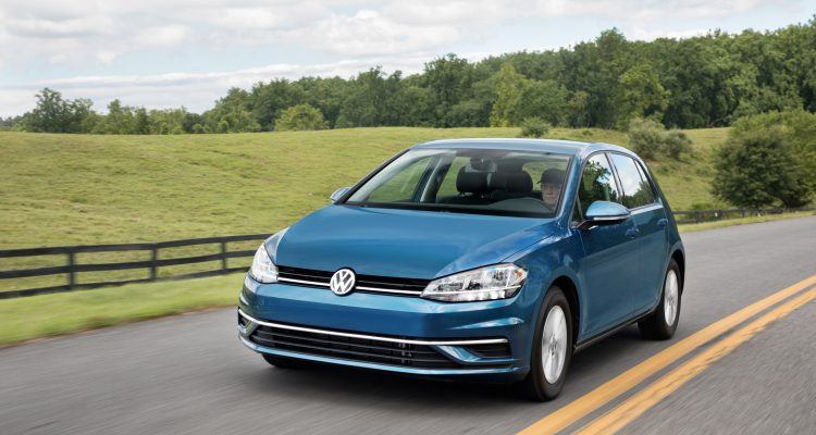2018 Golf Large 7554 750x400 - 2018 VW Golf TSI SE Review: Convenient For The Commute