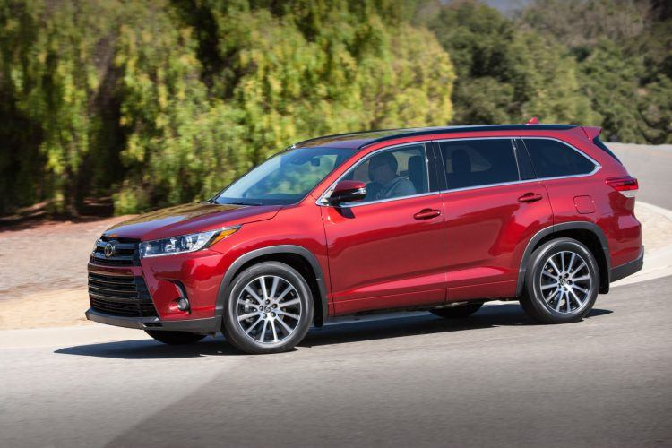 2018 Toyota Highlander SE 002 DA431B8A468835026E6A8B9C71A98A49AD593893 750x500 - 2019 Toyota Highlander SE Review: Ideal For Active Families